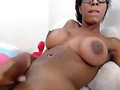 Black Ts Queengiselle Cum on BasedCams.com