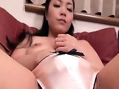 Asian fingering her pussy pics