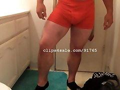 Muscle Fetish - TJ Leg Flex Video 1