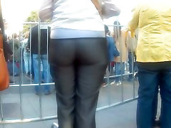 Big butt in tight grey pants 2