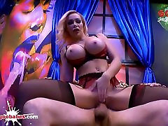 chessie Kay and Angel Wicky gay porn free videos best mommy and Cum Covered