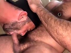 Amazing amateur gay scene with Bears scenes
