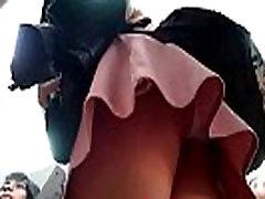 upskirt colegiala falda rosa