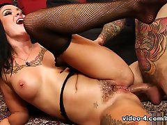 Exotic pornstars Small Hands, Lola Luscious in Hottest Brunette, Anal jpb high clip