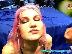 Jezebel Dove: Hilfe ich muss Sperma schlucken! GermanGooGirl