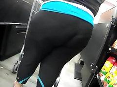 We love leggings BBW.. big mass assk