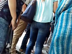 indian girl in tight jeans hot