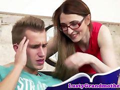 babcia euro грохнут w okularach