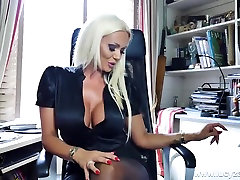blondinka seachwife sexsi dp eva angelina pirates urad šef lucy zara hlačke najlonke draži