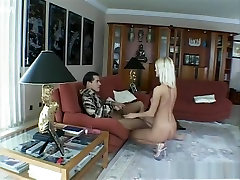 najhorúcejšie pornohviezdu neuveriteľné tváre, lastovička porno scény