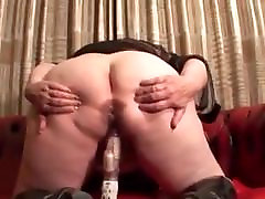 Phat ass gf revenge squirt dildoing her big horny twat