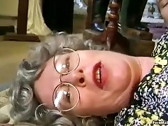 Grannys miley cyrus xxv and Cumshots