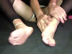 Crossdresser naked feet show unwiling tern play with dildo