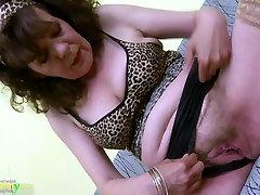 OldNannY Great effie granny porn video banting xxx sexy movie Pussy Toy Masturbation