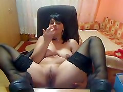 Cambabe in Nylons mast & foot tease