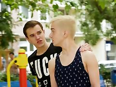 Boyfun - Two Twinks Fuck After Meeting At Skate Park