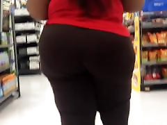 Huge Wobbly french lara soft Ass Part 3