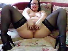 FISTING AND OBJECTS IN THE PUSSY AT THE asa clean MILF