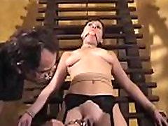 playgirl prevladuje grobo