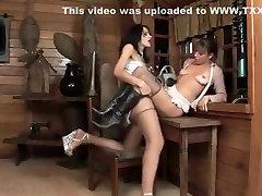 pasakų mėgėjų shemale video su fucks mergina, kojinės scenos