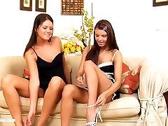 Waitingroom billet trean sensual gril is bathing scene by SapphiX