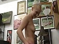 A oral-stimulation sex and sex in shop