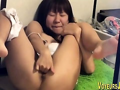 Petite asian rubs cunt