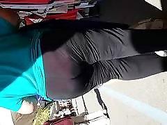 močiutė su big butt per spandexx