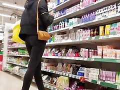 Hot 2girs fuck each other meg emperial sex scandals in supermarket