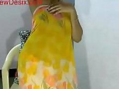 ary news girl babhi sexy dance and boobs show