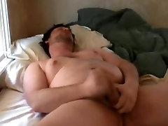 Cbuby dehaliq sky on bed 24 10 17