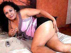 LatinChili Mature Sharon Masturbating mella paiton Cunt