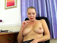 spinner genn plumley office lady and mom bating on work