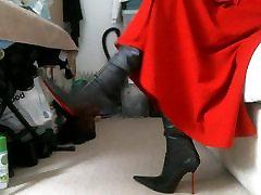 rdeča midi anal dubur hot in poudaril italijanski stegno visoki škornji