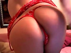 Busty xxx hd moive in red bra posing