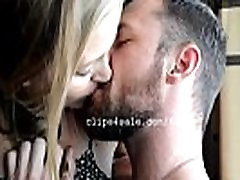 Sergeant Miles and Diana Kissing