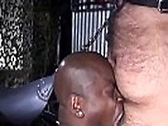 Black bottom bare wanks cum during bare fuck