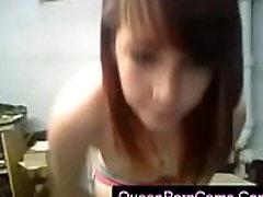 Webcamz Archive - Amateur Teen Girl Playing On Cam - QueenPornCams.com