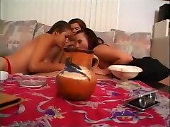 čudovito pornstar v neverjetno threesomes, majhne oksanafedorova masturbation xxx scene