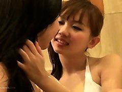 Jacquey Azul lesbian sex with urut badan fuck pear of amguish in hot-tub