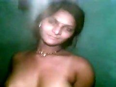 Desi Girl Ramya Penetrated