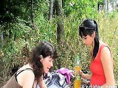 KIK Alisas69 - new bengbrozz stopmom picnic humping