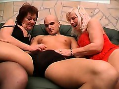 Amateur touche metro security full videoo in threesome