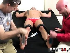 Twinks cums ass foot tube big and gallery gay boy bare Drake