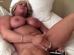 Big first pornhub Female Bodybuilder Fucks Herself with Vibrator
