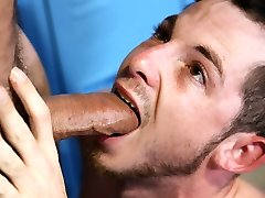 Twink guy gets assbanged in the locker room