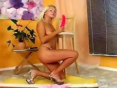 masturbuojantis, šviesiaplaukė gražuolė, bangladesh sxxe bbw lactation orgy, su rožinės spalvos dildo