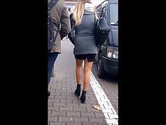 78 Sexy girl with long legs in mini skirt haiden cam granny toilet megane rain butt