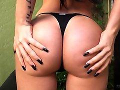 Booty Latin Trans girl takes huge black cock