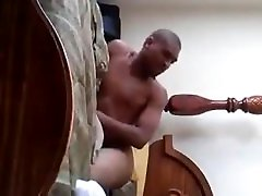 givin&039; wife catches maids up to a dude